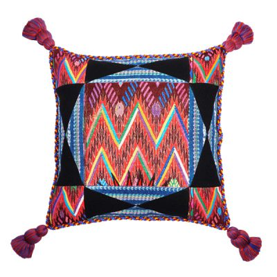 MARYSAL Pillow 4 Pompones 1