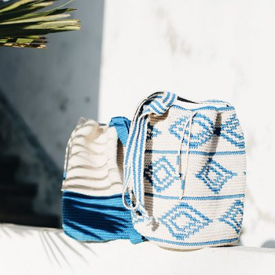 crochet-bucket-bags-beach-bags-mochila-azurblue-white
